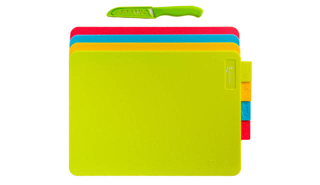 5. Kitchen Cutting Board Set of 4 Reversible Boards by kitchen chef international