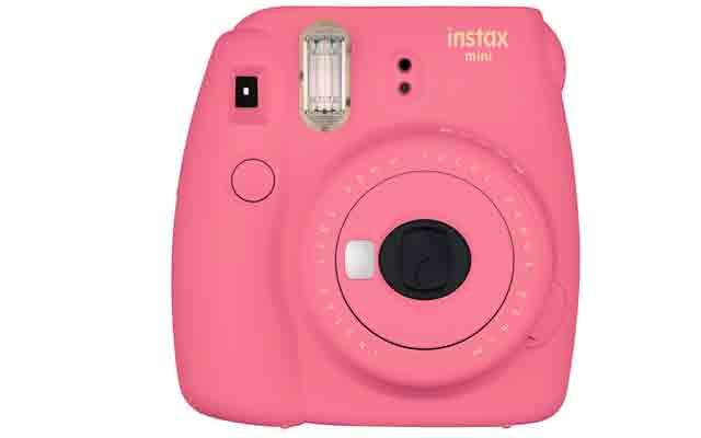 2. Fujifilm Instax Mini 90 Neo Classic, Pink