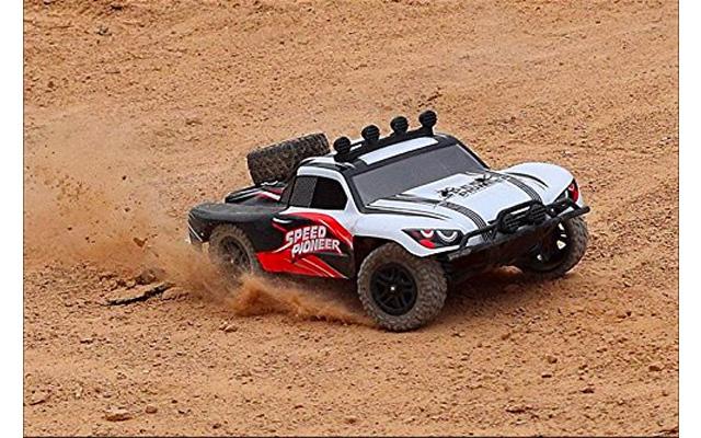9. Novcolxya Model Cars RC Electric Racing Car