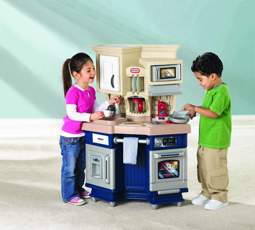 1. Little Tikes Super Chef KitchenCHOKING HAZARDRecommended for Ages 3 & UpRequires 2 AAA batteries (not included)