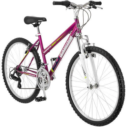 5. Women's Granite Peak Mountain Bike in Magenta by Roadmaster