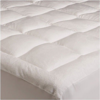 2. Pinzon Basics Overfilled Micro plush Queen Mattress Pad