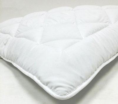 3. Fully Reversible Down Alternative Mattress Topper