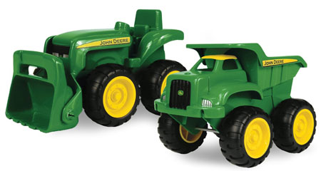 2. John Deere Sandbox vehicle 2pk, Truck and Tractor