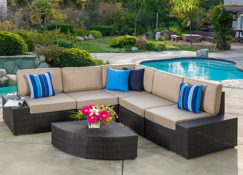 3. Reddington Outdoor Patio Furniture Sofa Set