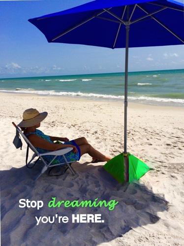 10. beachBUB All-In-One Beach Umbrella System